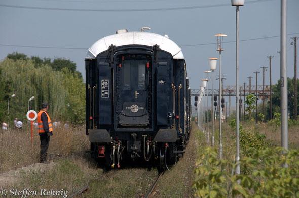 """.... und der Orient Express steht ohne Energie in der """"Afrikanischen Hitze"""" ...."""