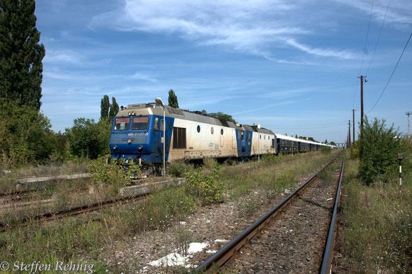 .... und mit großer Eile werden die CFR-Lokomotiven abgekuppelt ....