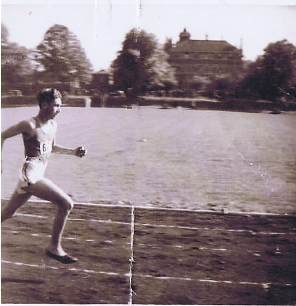 Michael Curtis in the 1949 County Championships at Cheltenham