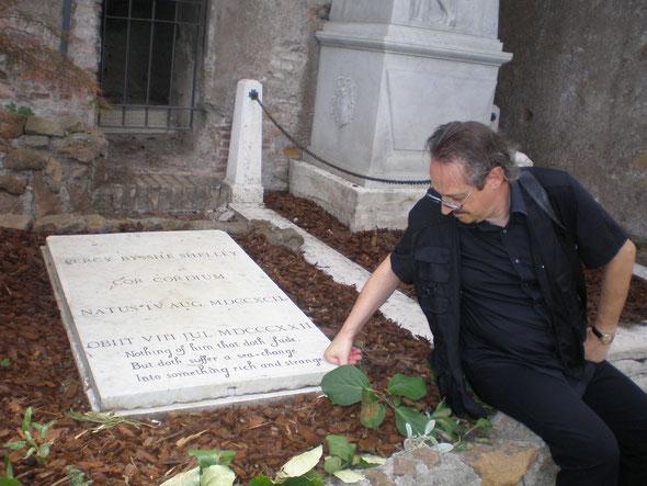 Heinz im cemtario acatolica in Rom