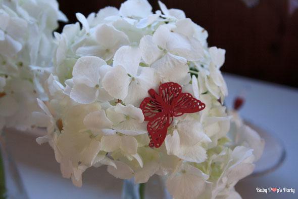 baptême paris péniche albatros rose blanc hortensias décoration organisation pâtissier traiteur candy bar bar à bonbons bordeaux 33 fleurs papillon