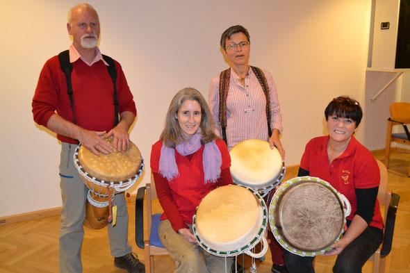 Waren einfach dabei: Trommler-Gruppe mit Leiterin Ute  beim Hoagascht in Bad Vigaun. DANKE!