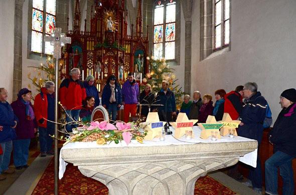 Brigitte Panholzer - Klangwelle -  hat in der Kirche mit einer selbstgebauten Flöte wundervoll untermalt. Danke!