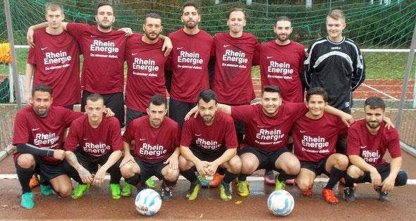 Die 1. Mannschaft am 8. Oktober 2017 vor dem Spiel bei TuS Makkabi Köln
