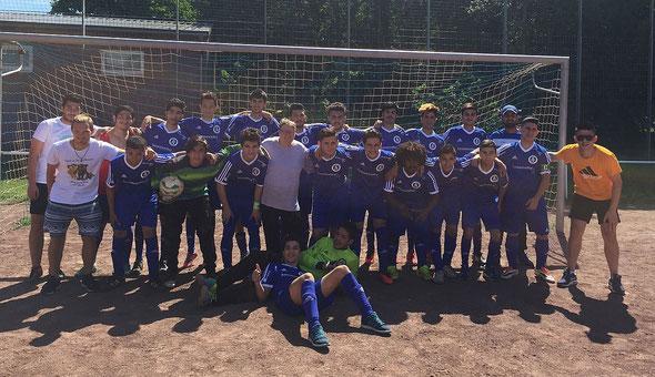 Die A-Junioren am 13. August 2016 vor dem Spiel gegen die SpVg. Rheinkassel-Langel