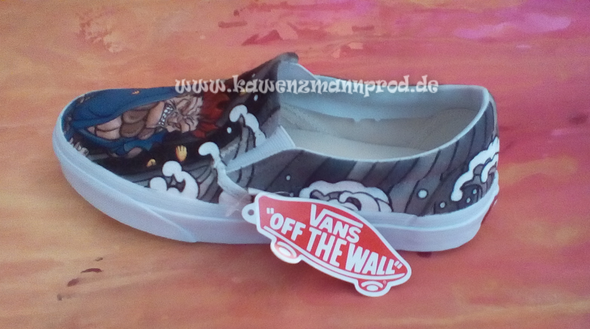 custome made painted sneaker Akuma