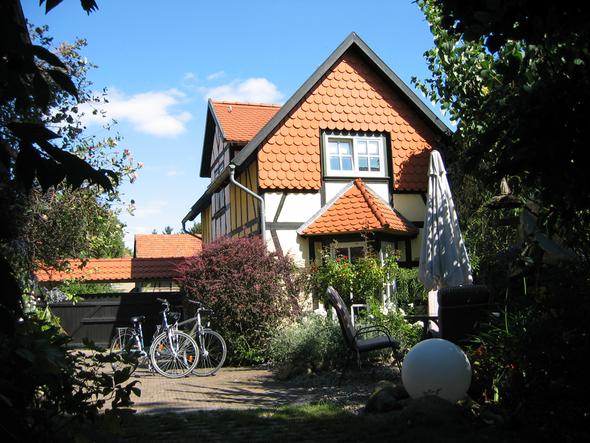 Außenansicht vom kleinen Haus