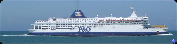 Pride of Calais en Juin. (Il est devenu Ostend Spirit pour TransEuropa Ferries en 2013) (© lebateaublog 2012)