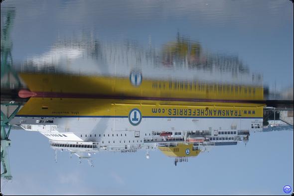Côte d'Albatre dans le Bassin Bellot du Havre (© lebateaublog 2013)