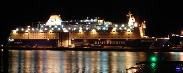 Oscar Wilde & Armorique à Cherbourg en Novembre 2012 ((©lebateaublog 2012)