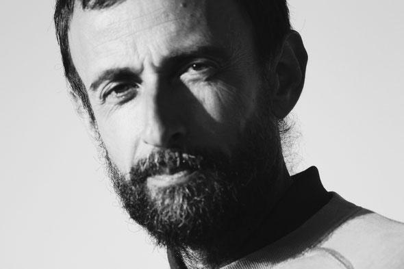 David Wicker artisan boulanger - Azillanet - marché bio Narbonne - vague(s) magazine intuitif et évolutif