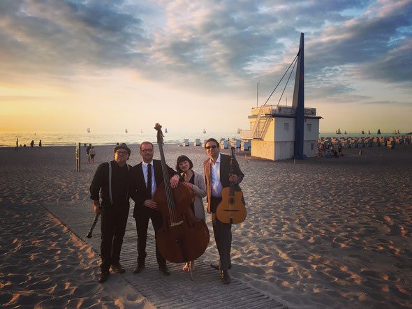 Klarinette, klarinettist, Kontrabass, Jazz-Sängerin, Hochzeit