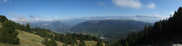 Vue sur le Mont Aiguille depuis le Vallon de Combeau