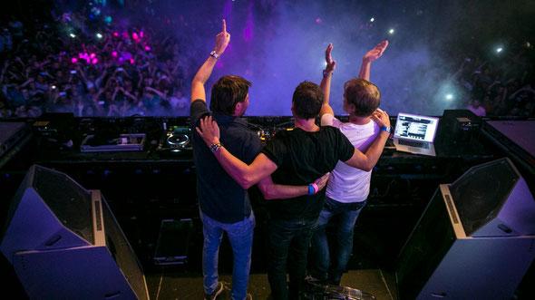 Armin van Buuren, Maykel Piron & David Lewis