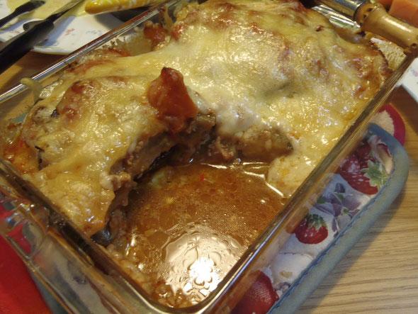 丸ナス、トマト、豚挽肉のチーズ焼