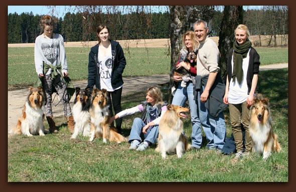 v.li.: Meggy, Klara, Boots, Bailey mit Freundin Cleo, Lennox