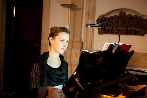 ELENA UPRYAMOVA, Musikalische Leitung in der KRYPTA