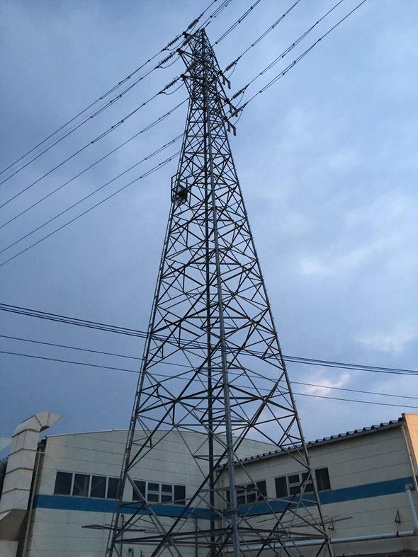 福岡市からの帰りに鉄塔の写真を撮ってみました。