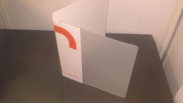 Classeur bi-matière carton rembordé et polypropylène