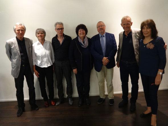Der neue/alte Gesamtvorstand: v.l. Dr. Wolfgang Mölkner, Christa Rennette-Arens, Erdmann Nolte, Christa Schmid-Sohnle, Manfred Schmid, Ralf Habermann, Dorothea Herzog