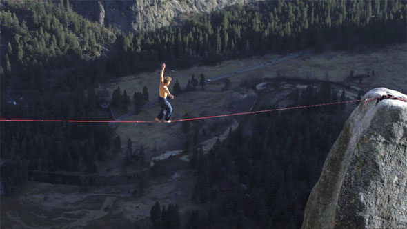 First ''free-solo-onsight'' of the Lost Arrow -Highline, Yosemite, CA