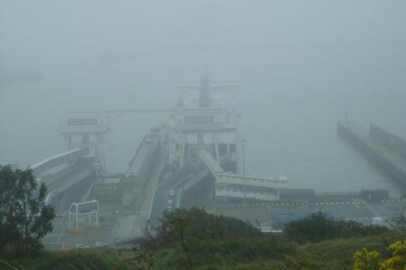 Dunkerque Seaways dans le brouillard (© lebateaublog 2011)