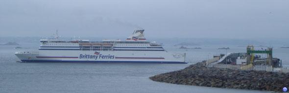 Cap Finistère (2000-32728tx-204m-25m-27,5n-1908ml-1600p) (© lebateaublog juin 2011)