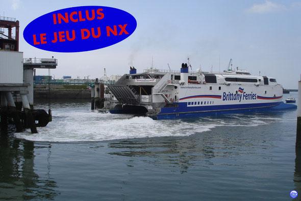 Normandie Express accoste au Havre (© lebateaublog 2013)