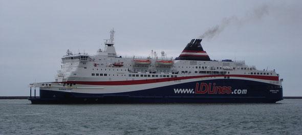 Norman Spirit arrive au Havre (© lebateaublog 2011)