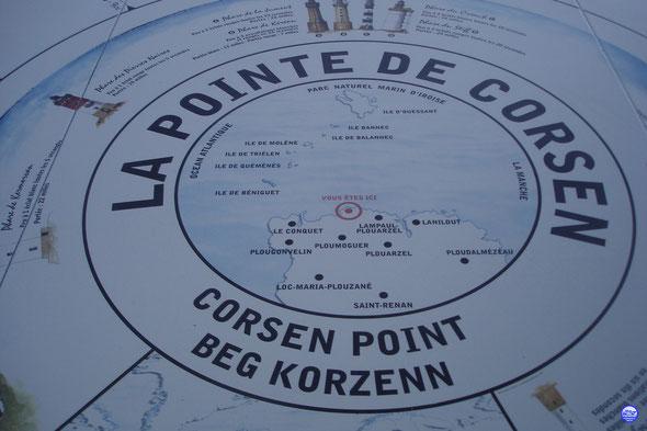 L'indispensable table d'orientation de la Pointe de Corsen (© lebateaublog 2013)