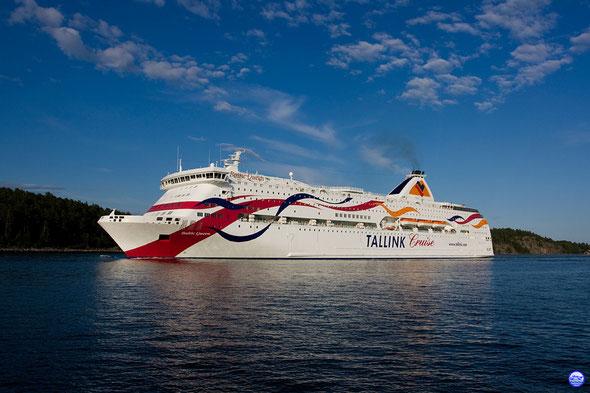 Baltic Queen dans l'archipel de Stockholm (© lebateaublog-DC)