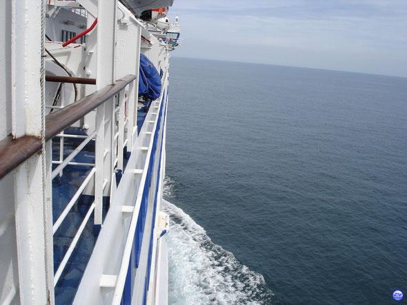 A bord du Bretagne quelque part en Manche. (© lebateaublog 2012)