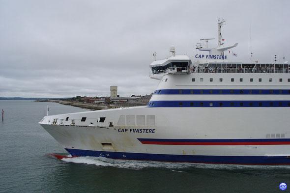 Cap Finistère sortant de Portsmouth (© lebateaublog 2012)