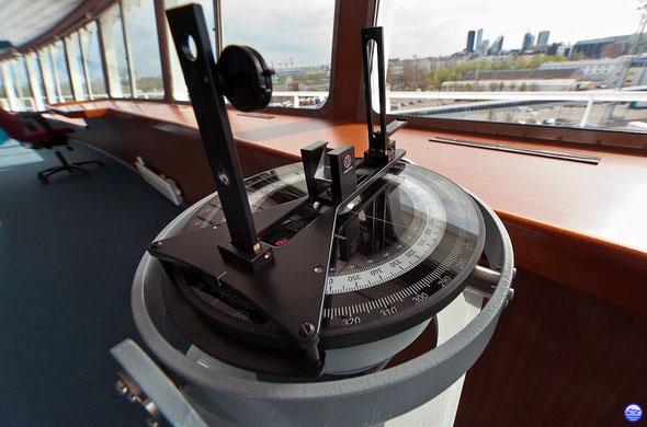 Le compas du Baltic Queen (© lebateaublog-DC)
