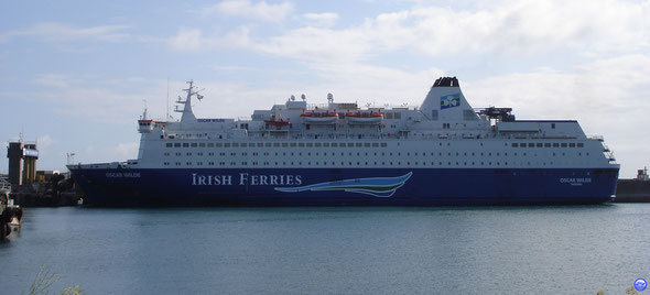 Oscar Wilde - Irish Ferries (1987-31914tx-166m-28m-23,5n-1160ml-1460p) (© lebateaublog juin 2011)