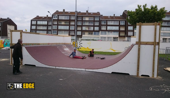 THE EDGE Skatepark Design & construction - Skatepark de Courseulles Sur Mer - Micro Rampe