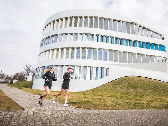 oe Nimble ist eine Marke der Bär GmbH und Pionier im Bereich Functional Footwear.