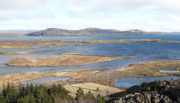 Island: Landschaft nahe der Schwelle zwischen der nordamerikanischen und eurasischen Kontinentalplatte