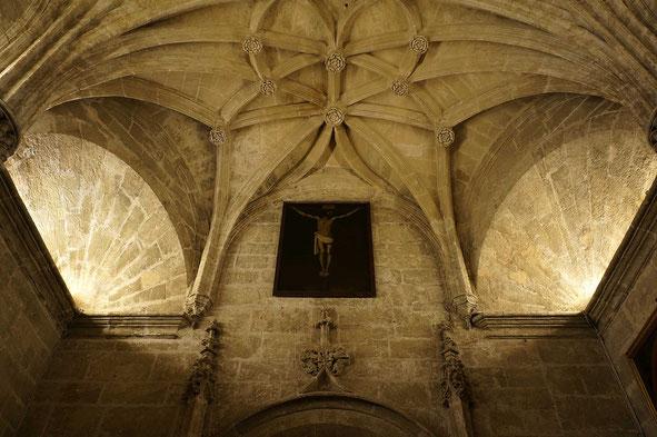 Photographie, Espagne, Andalousie, Séville, cathédrale, grande sacristie, christ de Zurbaran, tableau, gothique art religieux, voûtes,, Mathieu Guillochon.