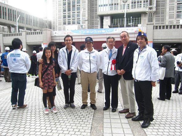 2012.10.08 東京都庁前・都民広場