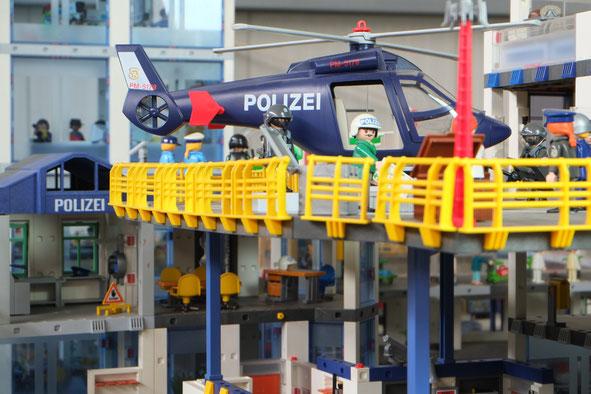 Polizei Hubschrauber Miniwelten Playmobil Lathen Ausstellung