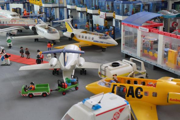 Flughafen Papst terminal Miniwelten Playmobil Lathen Ausstellung