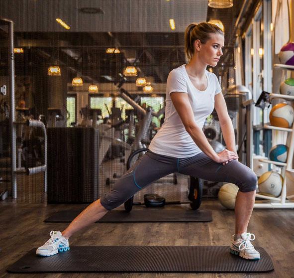 Yoga in Augsburg Premium Fitnessstudio