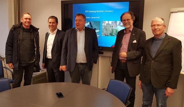 Auf dem Foto v.l.n.r. Stephan Kruse (Verwaltung Stadt Reinfeld), Torsten Fuhr (CDU), Lorenz Hartwig (CDU), Torsten Conradt (LBV SH), Christian Röhr (CDU)