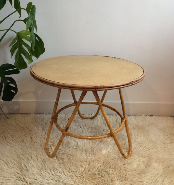 table rotin tripode, table vintage