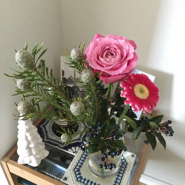 ピンク色の花が沢山売ってたのでピンクをベースにチョイス♡