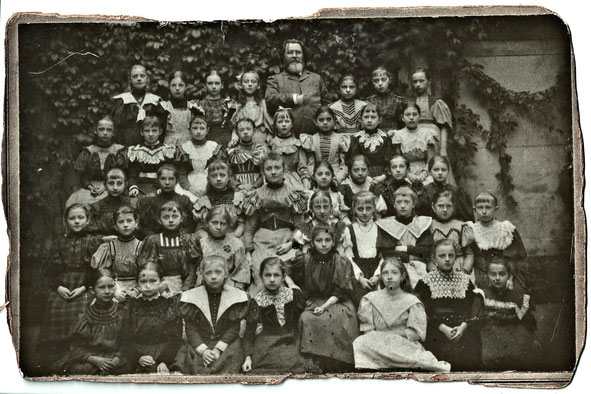 Viele Kinder, wenige Lehrer*innen. So die erste Edition der Summerschool.