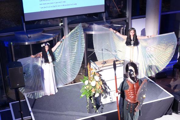ägyptische und griechische Walk-Acts zur Ausstellungseröffnung im Roemer- und Pelizäus-Museum, 2014, Foto: R. Hannig
