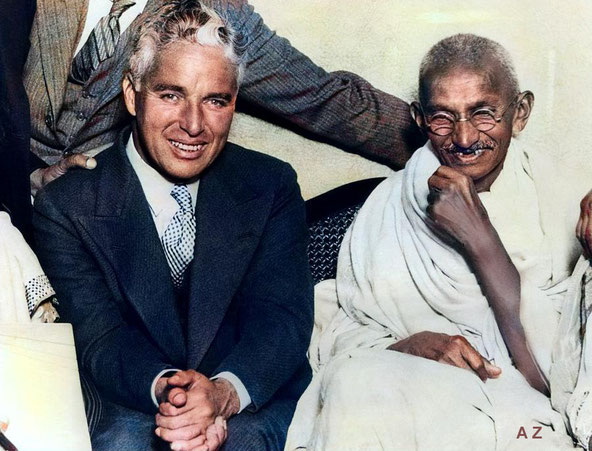 1931 : Gandhi with Charlie Chaplin in London. Image colourized by Anthony Zois.