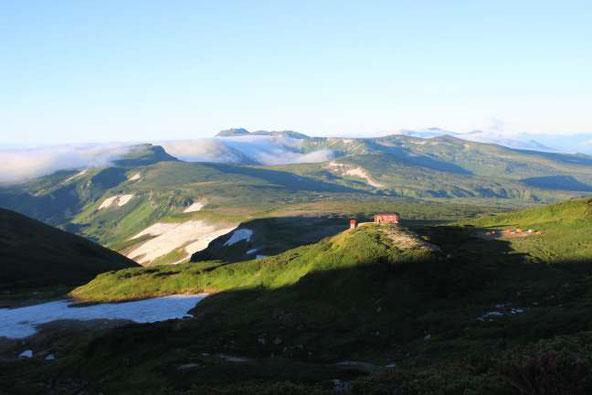 高根ヶ原とトムラウシ山